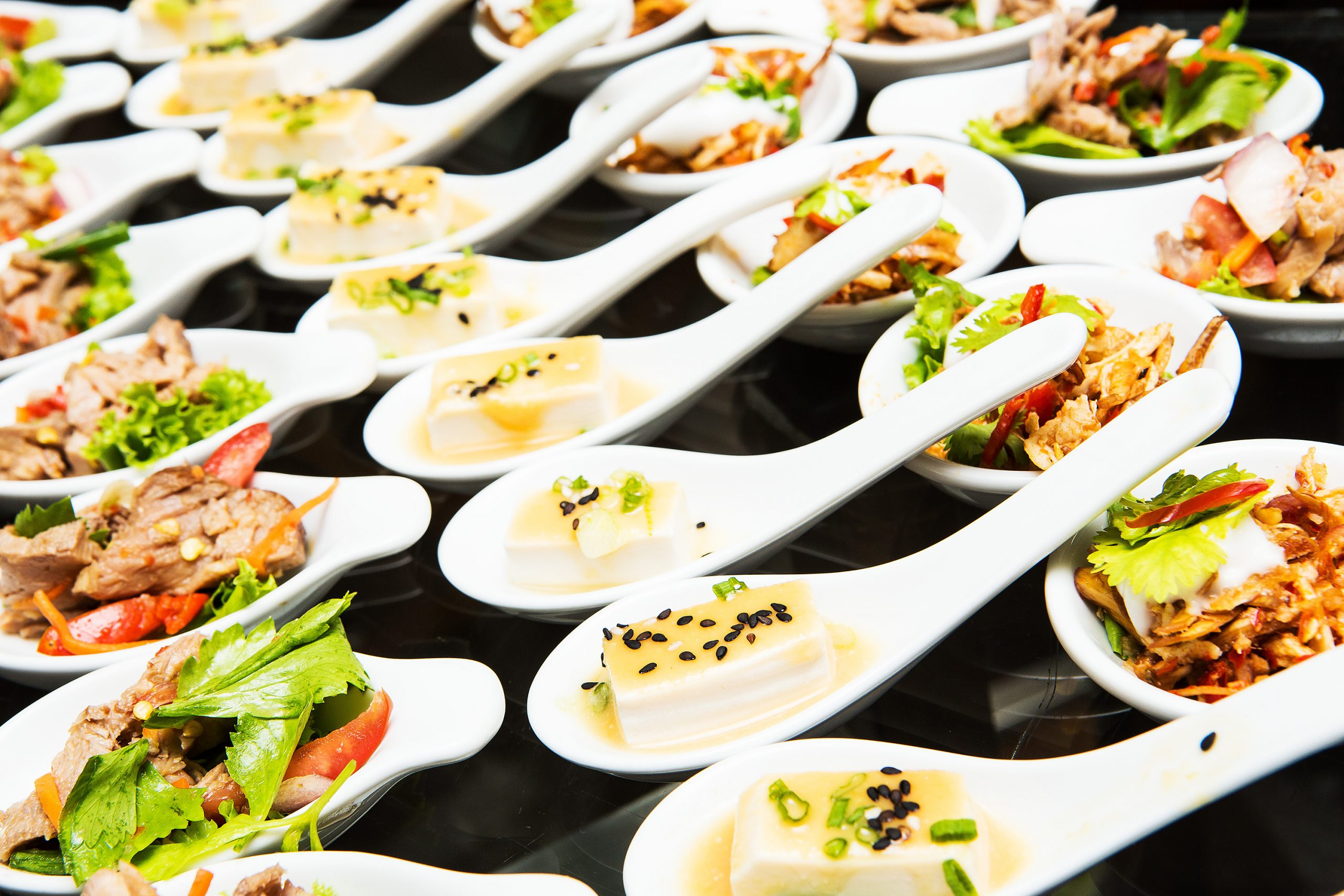 5 Dos And Don'ts To Plan Your Food For Your Wedding